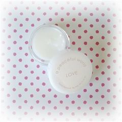 a peaceful world LOVE Solid Perfume
