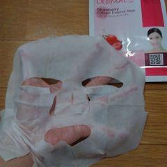ダーマル いちごコラーゲンエッセンスマスク